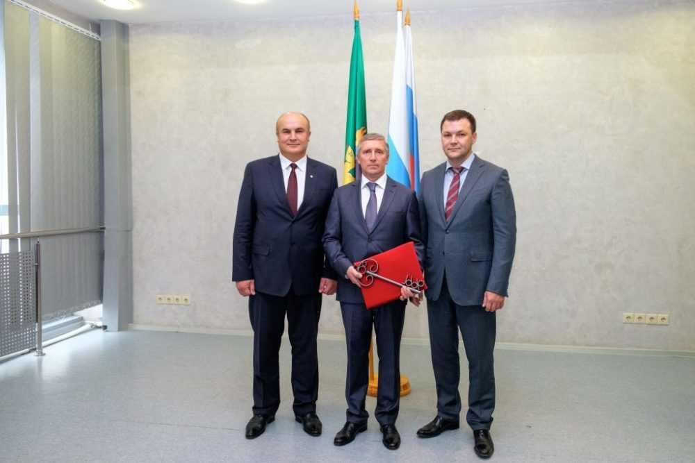Валерий Хорев вступил в должность Главы городского округа Первоуральск