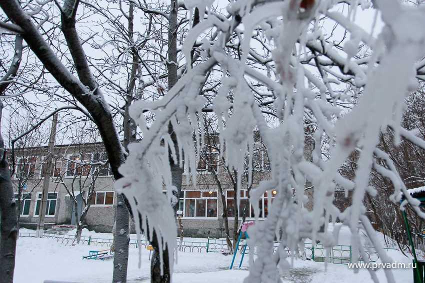 В Новогодние каникулы для расчистки улично - дорожной сети будет задействовано более 30 единиц снегоуборочной техники
