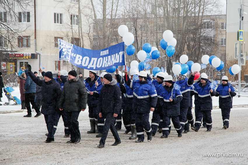 В Первоуральске состоялось импровизированное пенальти от тракторов «Беларусь» в честь Дня ЖКХ