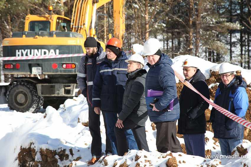 Валерий Хорев проверил ход работ по реконструкции насосно- фильтровальной станции