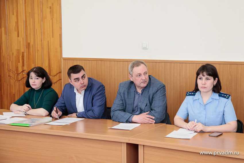 Валерий Хорев призвал собственников торговых центров Первоуральска провести проверки