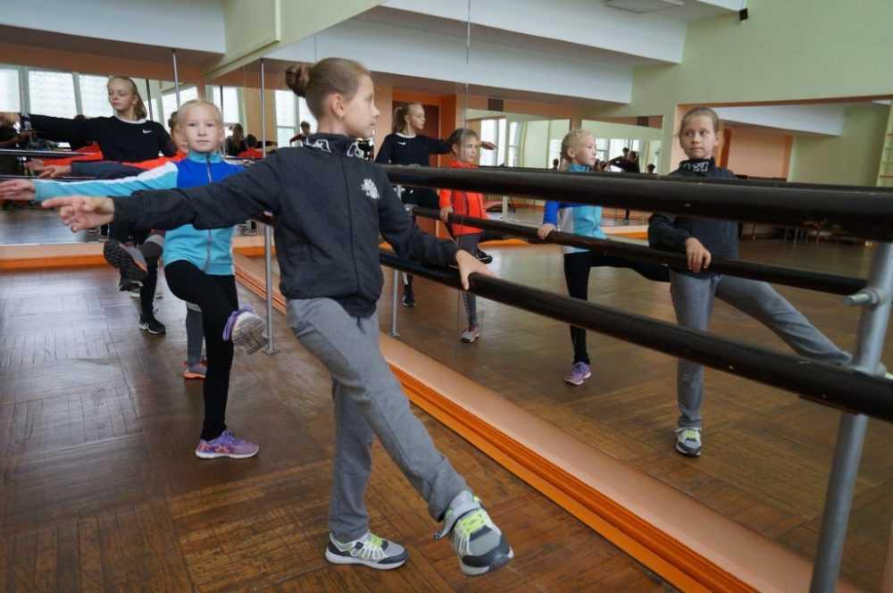 После глобального ремонта в первоуральском Ледовом дворце открылся балетный зал