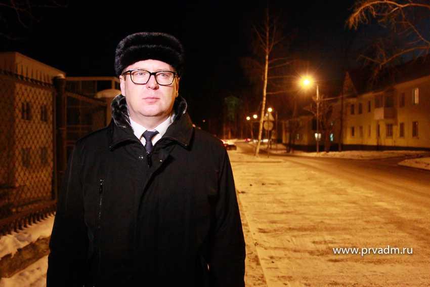 156 новых опор освещения установили в Первоуральске