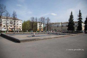 Фонтан на площади Победы может заработать уже в эти выходные