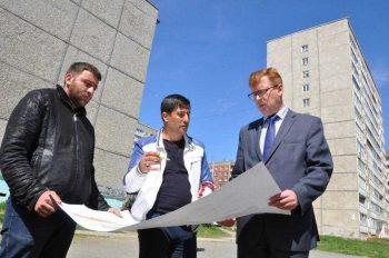 В Первоуральске началась большая реконструкция двора на улице Трубников