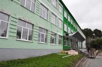 В Первоуральске завершается приемка школ к новому учебному году