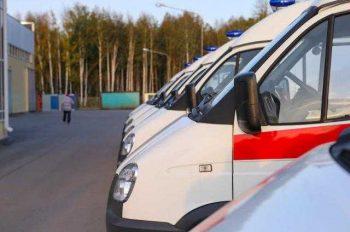 Евгений Куйвашев передал ключи от новых автомобилей скорой помощи Первоуральску