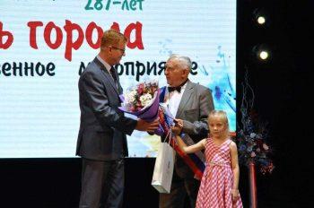 Игорь Кабец поблагодарил жителей Первоуральска за вклад в развитие города
