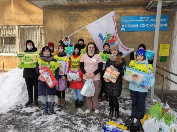 Первоуральские школьники провели благотворительную акцию по сбору средств для новорожденных