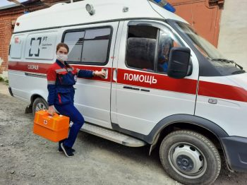 «Мы на передовой и всегда должны быть в строю»: фельдшер Первоуральской скорой помощи о своей работе