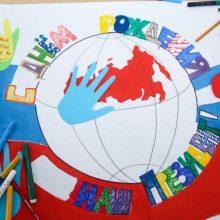 Первоуральские школьники нарисовали картину ко Дню рождения Владимира Путина