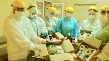 Первоуральские медики из «красной зоны» получили продуктовые и продовольственные наборы от «Красного креста»