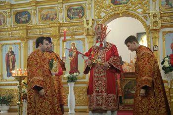 Уральцы смогут увидеть Пасхальное богослужение из храмов Свердловской области в эфире телеканалов и в интернете