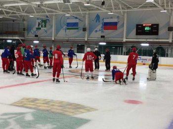 Хоккеисты «Уральского трубника» вернулись со спортивных сборов