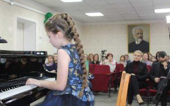 Детская школа искусств и художественная школа готовятся к новому учебному году