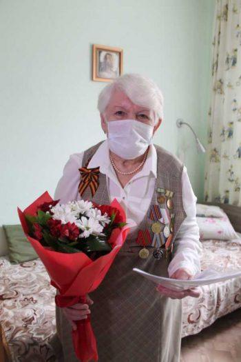 Ветерану Великой Отечественной войны Светлане Кибе вручили сертификат на приобретение жилья