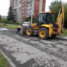 Дорожники асфальтируют подъезды к школам Первоуральска