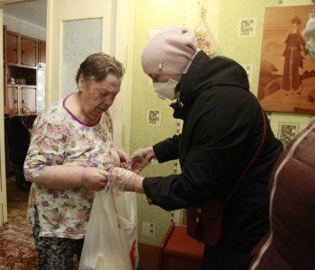 В Первоуральске работает волонтерский центр для оказания помощи пожилым людям и семьям с детьми дошкольного возраста