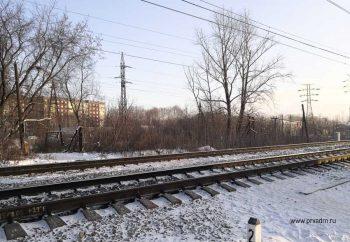 Железнодорожники ликвидируют несанкционированный пешеходный переход через ж/д пути на территории Первоуральска