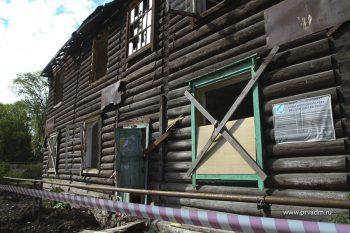 В Первоуральске еще на один ветхий дом стало меньше