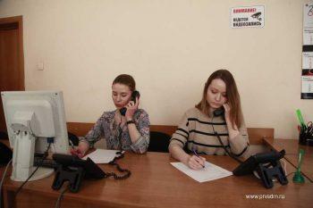 По поручению главы Первоуральска в городе запустили горячую линию по доставке продуктов и медикаментов пожилым людям
