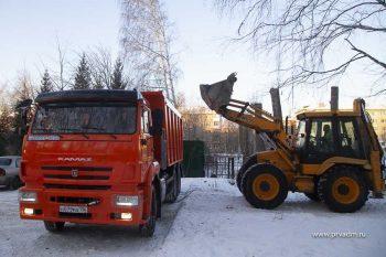 На улицах Первоуральска работает новая коммунальная техника
