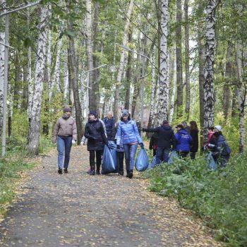 Более 500 жителей Первоуральска приняли участие в субботниках в рамках акции «Зелёная Россия»