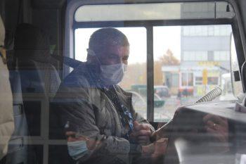 ВПервоуральске продолжают проверять, как соблюдается масочный режим в общественном транспорте